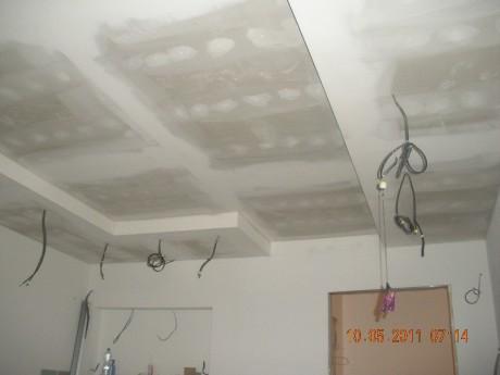 Snizeni stropu sadrokarton